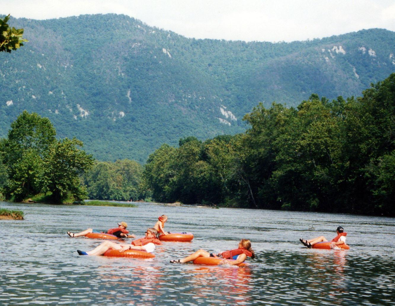 Shenandoah river tubing